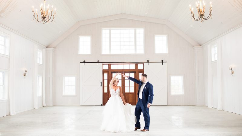 Wedding Venue Highlight | The Grayson House | Southwest PA Elegant Barn Venue