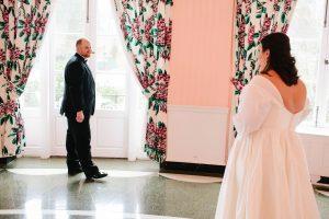 wedding first look, spring room greenbrier